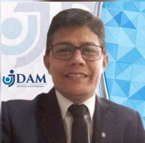 Dr. Vicente Cruz